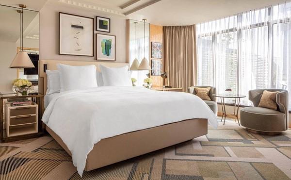 Four Seasons Park Lane, Bedroom