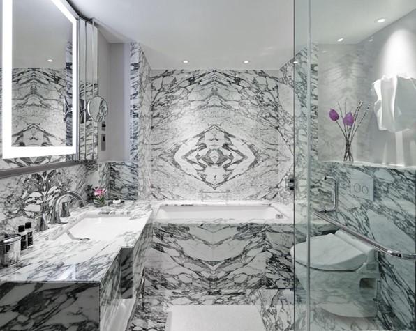 Marriott Park Lane, Bathroom